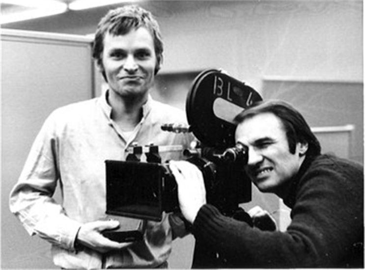 An der Kamera, vor der Kamera, hinter der Kamera. DFFB-Student Gerd Conradt bei der Arbeit.