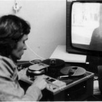Filmemacher und Videopionier Gerd Conradt an einer Open reel Maschine-Video 1968.